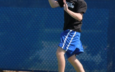 Veterans Lead Boys Tennis Team